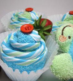 Bathtime Washcloth Cupcake and Sponge Toy Set  by BabySweetTreats, $19.00