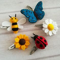 New set for UK customer. Lovely mix of girls favorite hair clips. #decorativehairclips