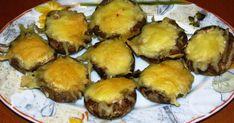 Μανιτάρια γεμιστά με κρέμα τυριού και ζαμπόν Muffin, Breakfast, Food, Morning Coffee, Muffins, Meals, Cupcakes, Yemek, Eten