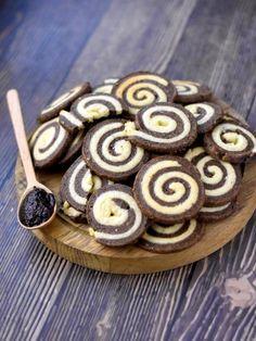 Sablé spirale à la tapenade et au parmesan  pour l'apéro : Recette de Sablé spirale pour l'apéro - Marmiton