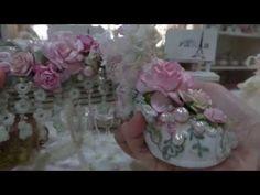 Marie Antoinette Mini & altered Box - YouTube