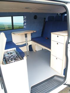 Amdro Alternative Camper Conversions TOP LAYOUT