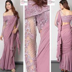 Saree Blouse Patterns, Fancy Blouse Designs, Blouse Neck Designs, Saree Jacket Designs Latest, Stylish Blouse Design, Indian Fashion Dresses, Indian Designer Outfits, Dress Indian Style, Saree Designs Party Wear