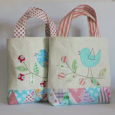 Bag triangle patchwork red acqua bird and berries by roxycreations