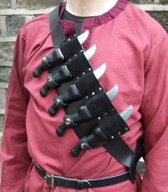 Throwing knife harness
