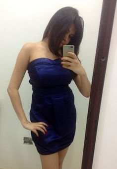 Short tube dress Fabric : Satin