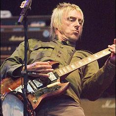 Paul Weller : Rock Backing Tracks UK, karaoke and guitar backing tracks
