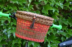 Wicker bike basket with lid Boho style Multicolor bicycle
