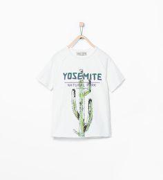 Camiseta estampado cactus de Zara
