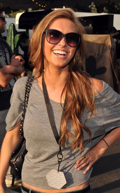love her reddish chopper hair