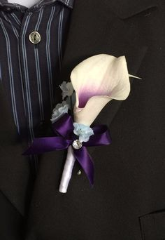 Calla lily Boutonniere - Calla Lily with Eggplant Ribbon and Baby Blue Accents