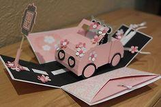 Explosionsbox als Geschenk zur Hochzeit mit einem Hochzeitsauto