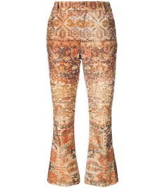 Make a statement with these multicolour flared crop pants from Frame Denim. Gold Pants, Beige Pants, Cropped Flare Pants, Cropped Trousers, Velvet Pants, Denim Flares, Colored Pants, Pants Pattern, Printed Pants