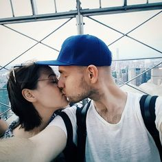 TBT NYC kisses   #tbt #throwback #nyc #newyorkcity #couple #vsco #vscocam #vsconyc #igersnewyork #empirestatebuilding