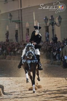 The Sartiglia is a furious horse ride where knights strive to pierce hung stars along the streets, as a sign of pride and dexterity, but also a feast strickly related to the ancient tradition of a bumper crop.