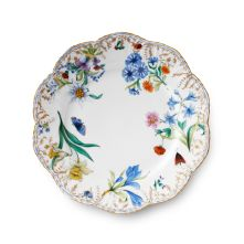 Alberto Pinto Belles Saisons Winter Dinner Plate in Round Traditional Dinnerware, Scully And Scully, Eclectic Design, Interior Design, Interior Styling, Fine Linens, China Patterns, Teller, White Porcelain