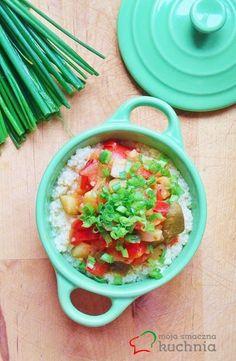 Moja smaczna kuchnia: Warzywa śródziemnomorskie z kuskusem posypane szcz...