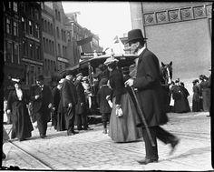 Dam/Damrak 85-100, Beurs van Zocher, Amsterdam 1903. Foto: Jacob Olie