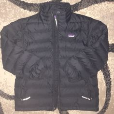 Boys Patagonia jacket Very good condition besides small tears at collar 6-7 Patagonia Jackets & Coats Puffers