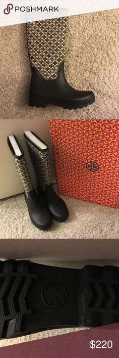 NEW Tory Burch rain boots ❤️❤️Tory Burch black rain boots never worn. I bought these in multiple colors and never wore the black ones 😊 Tory Burch Shoes Winter & Rain Boots