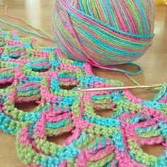 Vintage Fan Ripple Stitch - Free Crochet Pattern by janice Crochet Stitches Patterns, Knitting Stitches, Crochet Designs, Stitch Patterns, Knitting Patterns, Love Crochet, Crochet Motif, Crochet Yarn, Crochet Afghans