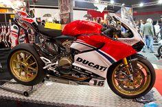 Ducati 1199 Panigale custom paint, via Flickr.