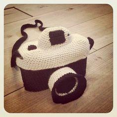 One more crochet camera :)