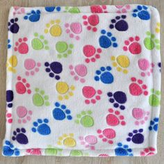 Super Soft pawprint chair blanket van Cattsy op Etsy