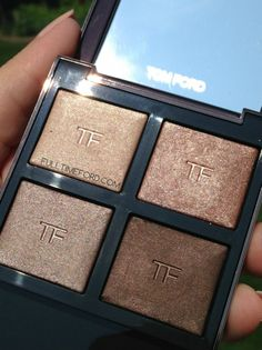 REVIEW & SWATCHES: NUDE DIP LIMITED EDITION FALL 2014 EYE COLOR QUAD #tomford #tomfordbeauty #beauty #makeup #beautyblog #beautyblogger