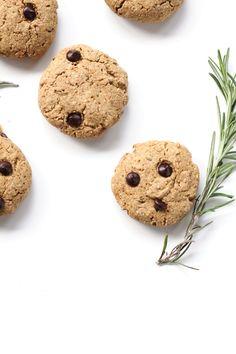 vegan rosemary chocOlate chip cookies
