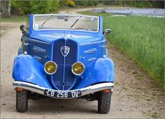Peugeot - 201 M Cabriolet - 1937 Auto Peugeot, Vintage Cars, Antique Cars, Cabriolet, Woody Wagon, Toy Trucks, Motorcycle Bike, Old Toys, French Vintage