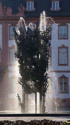 Mainz, Fastnachtsbrunnen