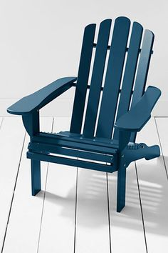 For the perfect Adirondack Chair Lands' End went to the source, finding a company that's been crafting them right in the Adirondack Region for 35 years. Starting as a family woodworking business in Vermont in the late 1800's, the business is now in New York State, still family owned & still following the same philosophies they have for more than 100 years. Each chair is made with hand selected red maple sourced from sustainably managed local forests.