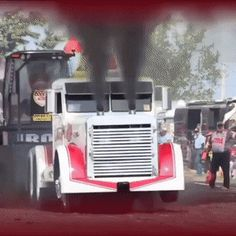Engine explodes out of the front of a big rig. : gifs - Comme un camion Car Memes, Car Humor, Funny Memes, Hilarious, Funny Gifs, Cool Trucks, Big Trucks, Cool Cars, Gif Sport