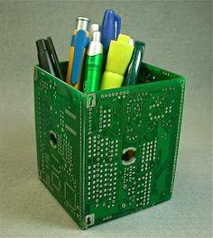 Interesante recipiente para guardar organizar tus pequeñas cosas.