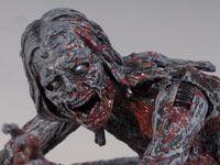 Θ'ελω τη Δόση μου....The Walking Dead Bloody Zombie Action Figure 3-Pack