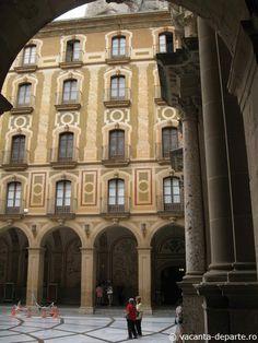 Manastirea Montserrat  http://www.vacanta-departe.ro/fecioara-neagra-de-la-manastirea-montserrat/