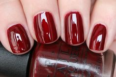 OPI - Can't Read Without My LipstickIC