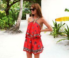 Nettenestea annette haga maldivene ferie april 2014 lux maldives dhidhoofinolhu outfit rød kjole free people