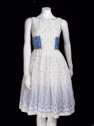 Sian Victoria Boutique: Care Tips Vintage Outfits, Retro Vintage Dresses, Vintage Mode, Retro Dress, Vintage Clothing, Vintage Wear, Vintage Cotton, Different Dresses, Nice Dresses