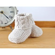 Knitting Pattern Baby Booties With Aran - Diy Crafts - hadido Baby Booties Knitting Pattern, Baby Knitting Patterns, Baby Patterns, Crochet Patterns, Booties Crochet, Doll Patterns, Knitting Terms, Knitting Stitches, Easy Knitting