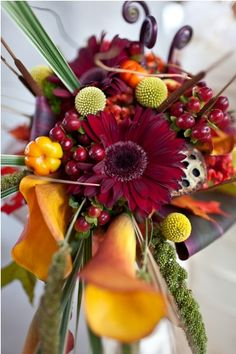 Unique fall bouquet for autumn wedding! #realwedding I like the colors