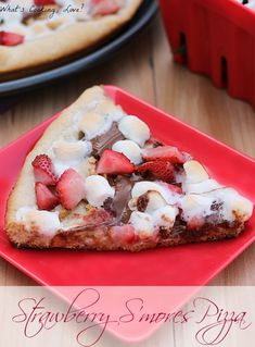 Strawberry S'mores Pizza. A delicious treat the combines strawberries with graham crackers, chocolate, and marshmallows. The pizza can be grilled or cooked in the oven. #dessert #pizza