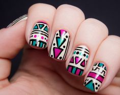 Tribal reminds me of the same term used in tattoo industry. Tribal tattoos are mostly for men in masculine style which is inherited from the culture of Maori, Polynesian, etc. How do the tribal nails look like on the stylish women? Aztec Nail Designs, Purple Nail Designs, Creative Nail Designs, Simple Nail Art Designs, Easy Nail Art, Pretty Designs, Tribal Print Nails, Tribal Nails, Nail Design Glitter