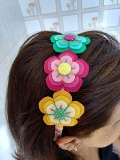 Diy Headband, Baby Girl Headbands, Headband Hairstyles, Diy Hairstyles, Felt Flowers, Fabric Flowers, Felt Hair Accessories, 123 Cross Stitch, Handmade Jewelry Designs