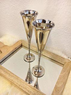Zwei Champagnerkelche klassisch Silberoptik, Aluminium, 6x6x25cm, elegant, edel