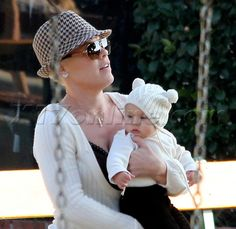 Pink & her daughter Willow <3