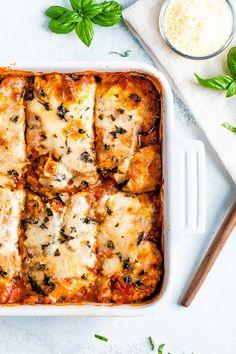Baked Eggplant Parmesan Healthy Crockpot Recipes, Vegetarian Recipes, Cooking Recipes, Healthy Chili, Pescatarian Recipes, Crockpot Meals, Pasta Recipes, Eggplant Recipes, Healthy Appetizers