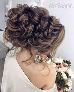 75 Chic Wedding Hair Updos for Elegant Brides - Hair/Beauty - Wedding Hairstyles Wedding Hairstyles For Long Hair, Wedding Hair And Makeup, Up Hairstyles, Pretty Hairstyles, Hair Makeup, Hairstyle Ideas, Perfect Hairstyle, Bridal Hairstyles, Formal Hairstyles