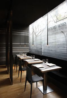 Buy online Slim By vibia, led pendant lamp design Jordi Vilardell, slim Collection Luminaire Suspension Design, Luminaire Design, Design Moderne, Cafe Design, Led, Restaurant Interior Design, Commercial Design, Pendant Lamp, Pendant Lights